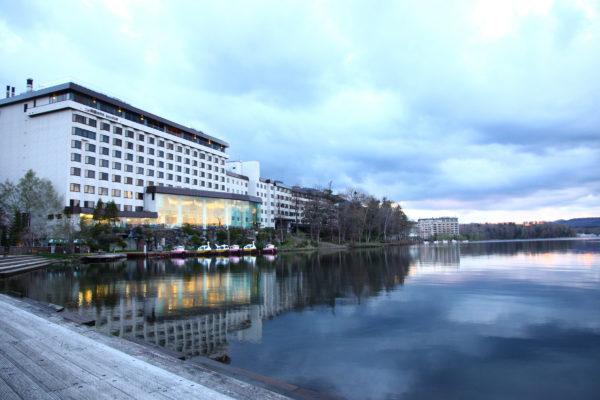 Lake Akan 8 / Akan